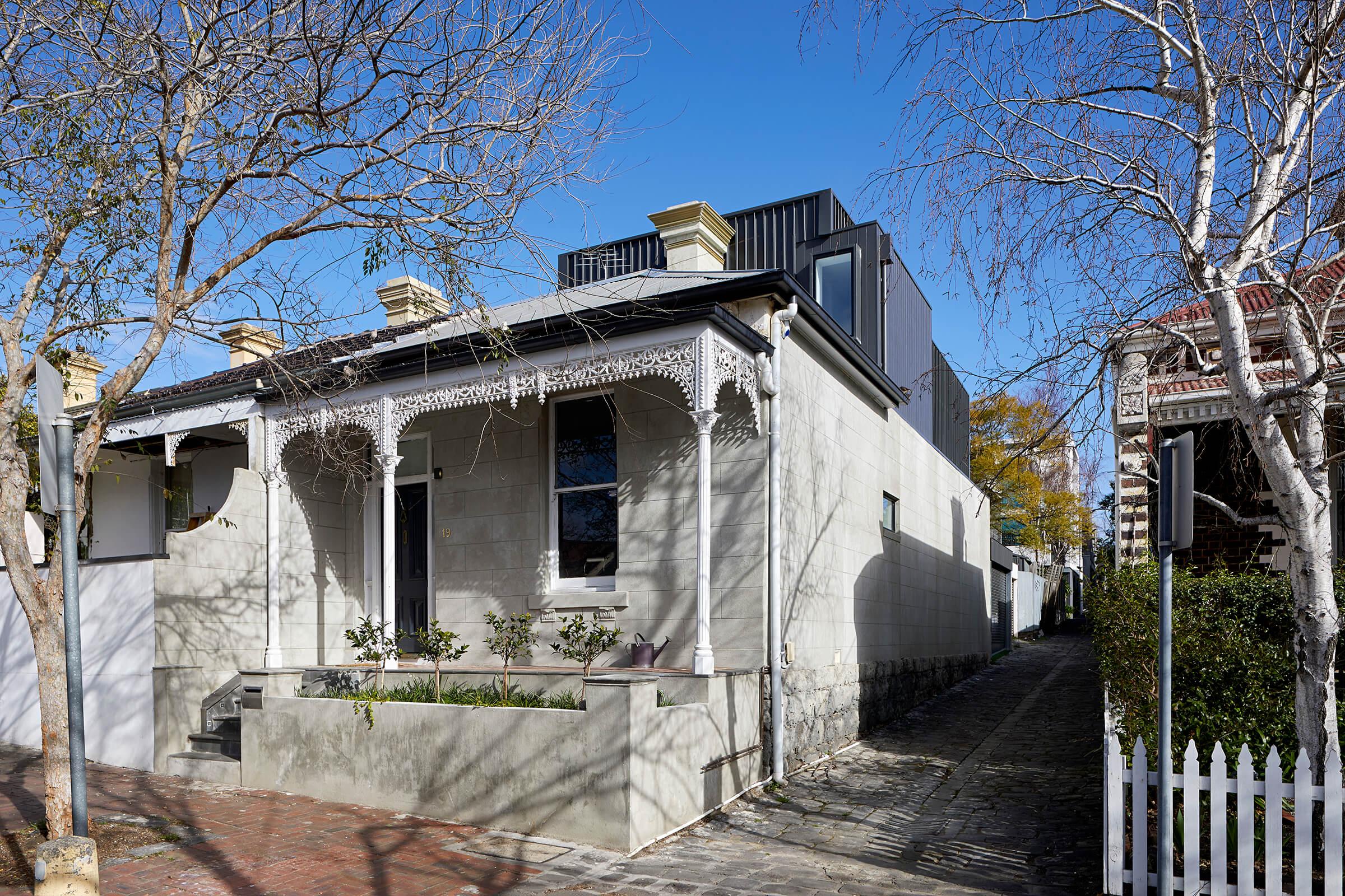 South Yarra Terrace by de.arch
